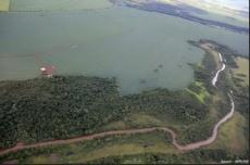 União é multada em R$ 90 milhões por se recusar a verificar agrotóxicos em água consumida por douradenses