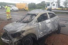 Homem morre e outro fica ferido após colisão de carros na BR-163