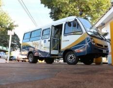 Itaporã adquire micro-ônibus com equipamentos para embarque e desembarque de cadeirante