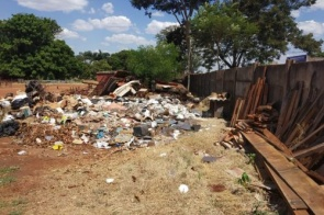Empresa que descartou resíduos em local inadequado é multada