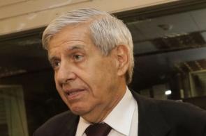 Ministro Augusto Heleno testa positivo para coronavírus