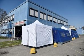 Exército da Itália retira corpos de cidade sobrecarregada pelo coronavírus