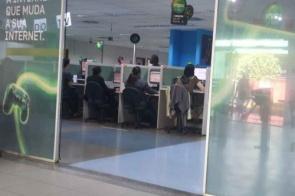 Funcionária de callcenter com suspeita de coronavírus teve contato com 20 na Capital