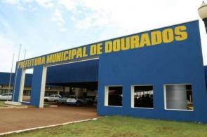 Prefeitura de Dourados vai pagar servidores em três etapas