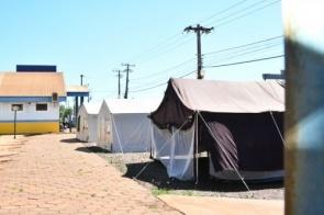 Tendas são montadas no HV e na Upa para fazer triagem de pacientes