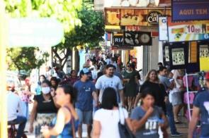 Decreto autoriza reabertura de academias, clubes de tiros e recomenda uso de máscaras