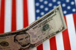 Dólar bate R$ 5,71 e renova recorde histórico com demissão de Moro