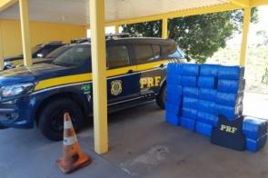 Polícia recupera caminhonete roubada com quase meia tonelada de maconha