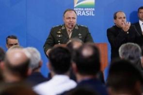 Nenhum dos 12 militares nomeados na Saúde por ministro fez medicina