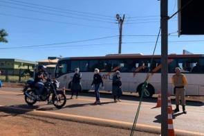 JBS diz que liminar garante passagem livre a ônibus de trabalhadores