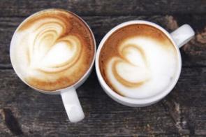 Não aceite cafés ruins, amizades falsas e amores frios