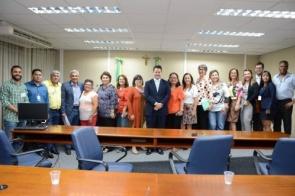Instituições do Idoso de 49 municípios vão receber cestas de alimentos