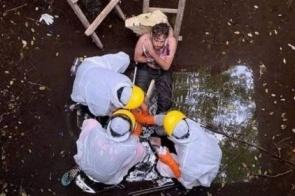 Turista é resgatado após passar 6 dias em poço, onde caiu fugindo de cão
