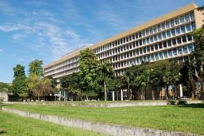 MEC autoriza aulas on-line no ensino superior até dezembro