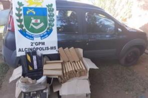 Motorista e passageiro são presos com 107 quilos de maconha