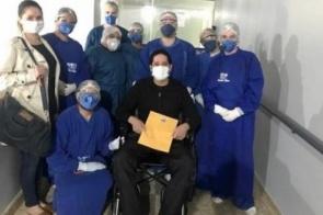 Após mais de 10 dias na UTI com coronavírus, diretor da UPA de Dourados recebe alta