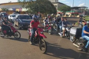 Em crise, comerciantes paraguaios protestam para cobrar ajuda do governo