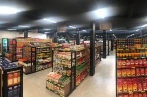 Chama reinaugura supermercado em novo endereço com novidades e promoções