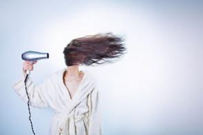 Receitas caseiras para deixar os cabelos hidratados em 15 minutos
