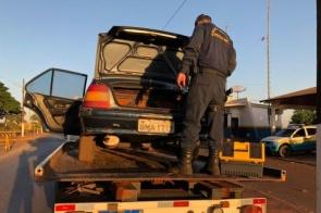 Polícia prende dupla que contratou guincho para carregar veículo com drogas