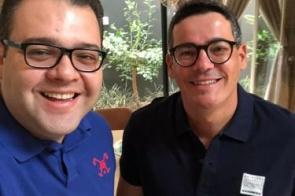 Do PL, vice de Alan Guedes na disputa pela prefeitura é o médico Doutor Guto