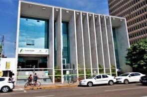 Funtrab está com vagas com salários de R$ 3 mil nas áreas de farmácia e logística
