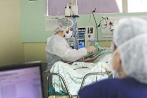 Em dois meses, mortes por Covid-19 entre pessoas com 20 a 49 anos mais que dobra em MS