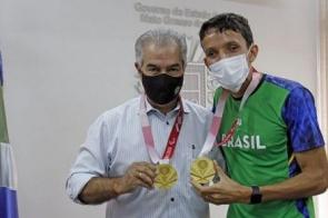 Governador recebe medalhista paraolímpico e anuncia novos investimentos no esporte
