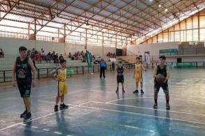 Mais de 400 atletas vão disputar modalidades coletivas dos Jogos Escolares