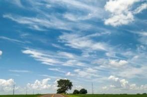 Chuva dá uma trégua e semana começa com sol entre nuvens e temperaturas agradáveis