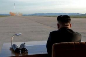 A pouco conhecida história de como os EUA levaram as primeiras armas nucleares à península da Coreia