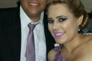 Completando idade nova nesta sexta-feira 13 de abril a farmacêutica Gabi Pedroso