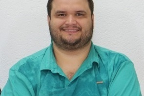 Completando idade nova nesta segunda-feira o assessor de comunicação Rafael Campos