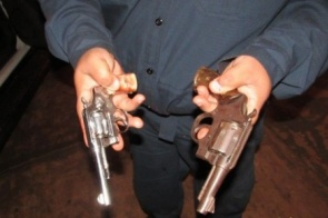 Identificado assaltantes que morreram após troca de tiros com PM em Piraporã