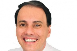 Gilmar Mendes solta prefeito de Mauá flagrado com R$ 80 mil