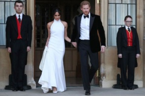 Stella McCartney venderá 46 réplicas do vestido de noiva de Meghan Markle