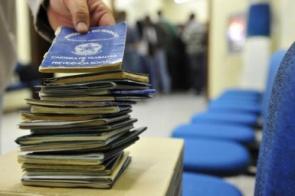 Desemprego recua para 12,4% em junho, mas ainda atinge 13 milhões de pessoas, diz IBGE