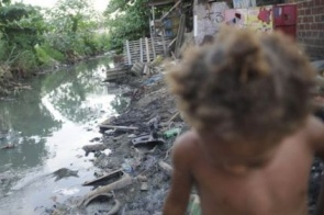 Seis em cada dez crianças vivem em situação precária no Brasil, diz Unicef