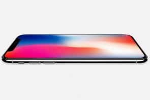 Apple deve lançar iPhone mais barato e mais duas novas versões em setembro