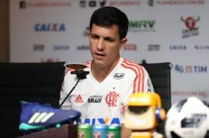 Flamengo demite Barbieri e conversa com Dorival Júnior