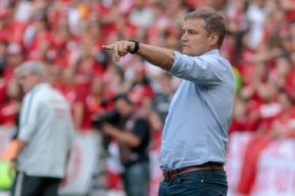 Em dez rodadas, São Paulo já ultrapassa derrotas do 1º turno
