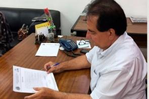 Prefeito Marcos Pacco reduz o próprio salário, de vice-prefeito e gerentes municipais