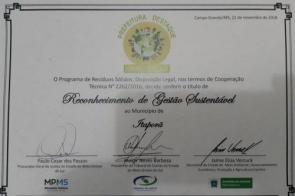 Itaporã recebe do governo do estado certificado de reconhecimento por gestão sustentável