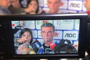 """Corinthians vai comprar Danilo Avelar, diz Andrés: """"Mesmo tentando o Arana, vamos fazer"""""""