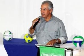 Governador defende esporte como ferramenta social em fórum