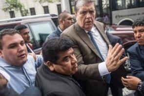 Ex-presidente do Peru se suicida após receber ordem de prisão no caso Odebrecht