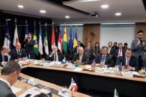 Reinaldo Azambuja defende que União eleve de 10 para 20% repasses do Fundeb