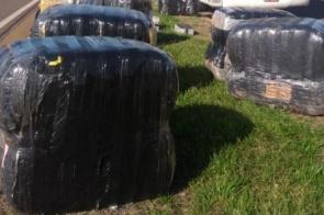 Dupla é flagrada com carga de produtos contrabandeados