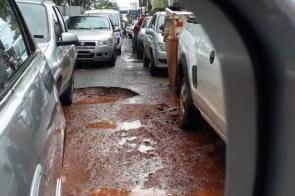 Promotores questionam prefeita sobre andamento do tapa-buracos em Dourados