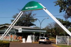 Diário Oficial do Estado publica portaria que fixa carga horária de oito horas para Detran-MS